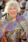 Miriam-margolyes-world-premiere-deathly-hallows-part-ii-01