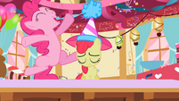 CMC Cheer Up 3 S2E6