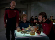 Riker eats Klingon food