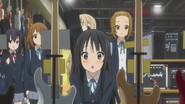 Mio finds left-handed basses