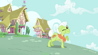 Granny Smith winks S3E6