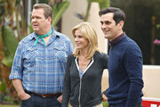 Modern-Family-Season-4-Episode-10-Diamond-in-the-Rough-3-550x366