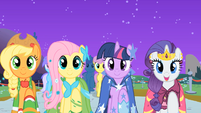 Applejack, Fluttershy, Twilight, and Rarity &quot;find my prince&quot; S01E26