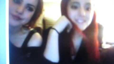 Ariana Grande and Liz Gilles Live Chat