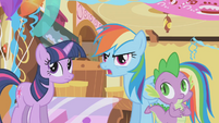 Rainbow Dash talks to Gilda about making a fool out of herself S1E05