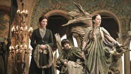 Catelyn, Robert y Lysa en juicio de Tyrion HBO