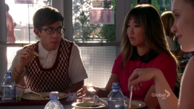 Tina-and-Artie-4x01-tina-cohen-chang-32180131-720-404