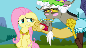 Discord grabbing Fluttershy&#39;s cheek S3E10
