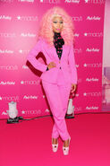 Nicki-macys-queens-2