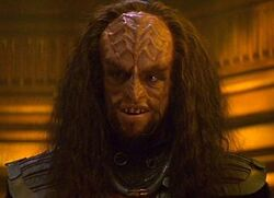 Klingon helm officer
