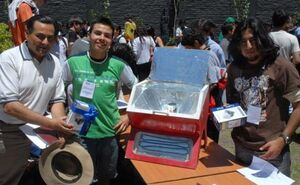 Carlos patricio Eyquem solar oven Chile, 3-19-13