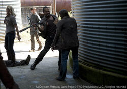Review-the-walking-dead-3-13-arrow-on-the-doorpost3