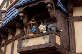 11 - Figaro Animatronic - Fantasy Faire