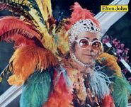 Elton01