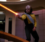 Worf phasers Borg on bridge