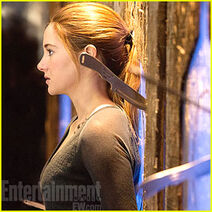 Shailene-woodley-divergent-first-pic