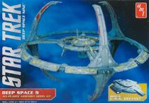 AMT Model kit AMT751 Deep Space Nine Space Station 2012