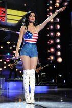 Divas-Salute-The-Troops-concert-event-054