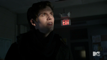 Teen Wolf Season 3 Episode 3 Fireflies Daniel Sharman Isaac Lahey here comes the sun
