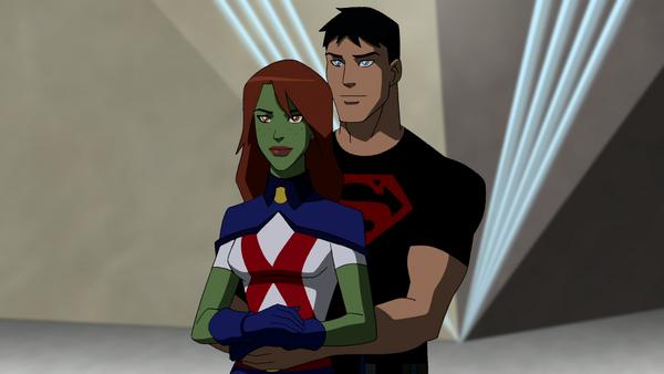 Parejas  de cartoon Miss_Martian_and_Superboy