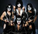 Kiss (band)