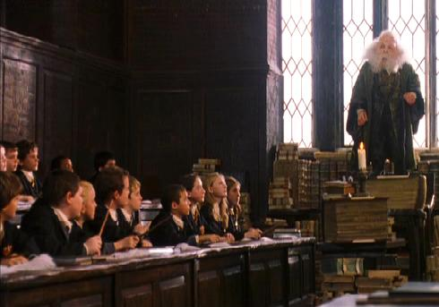 http://images1.wikia.nocookie.net/harrypotter/images/6/69/Charms_Class.jpg