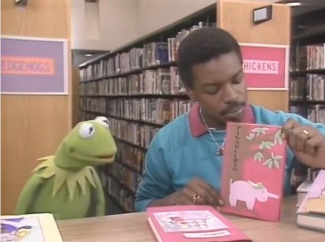 Kermit the Frog on 'Reading Rainbow'