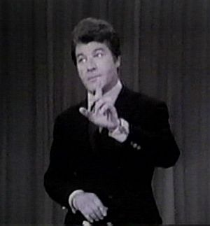 Died when droll, Dick Shawn