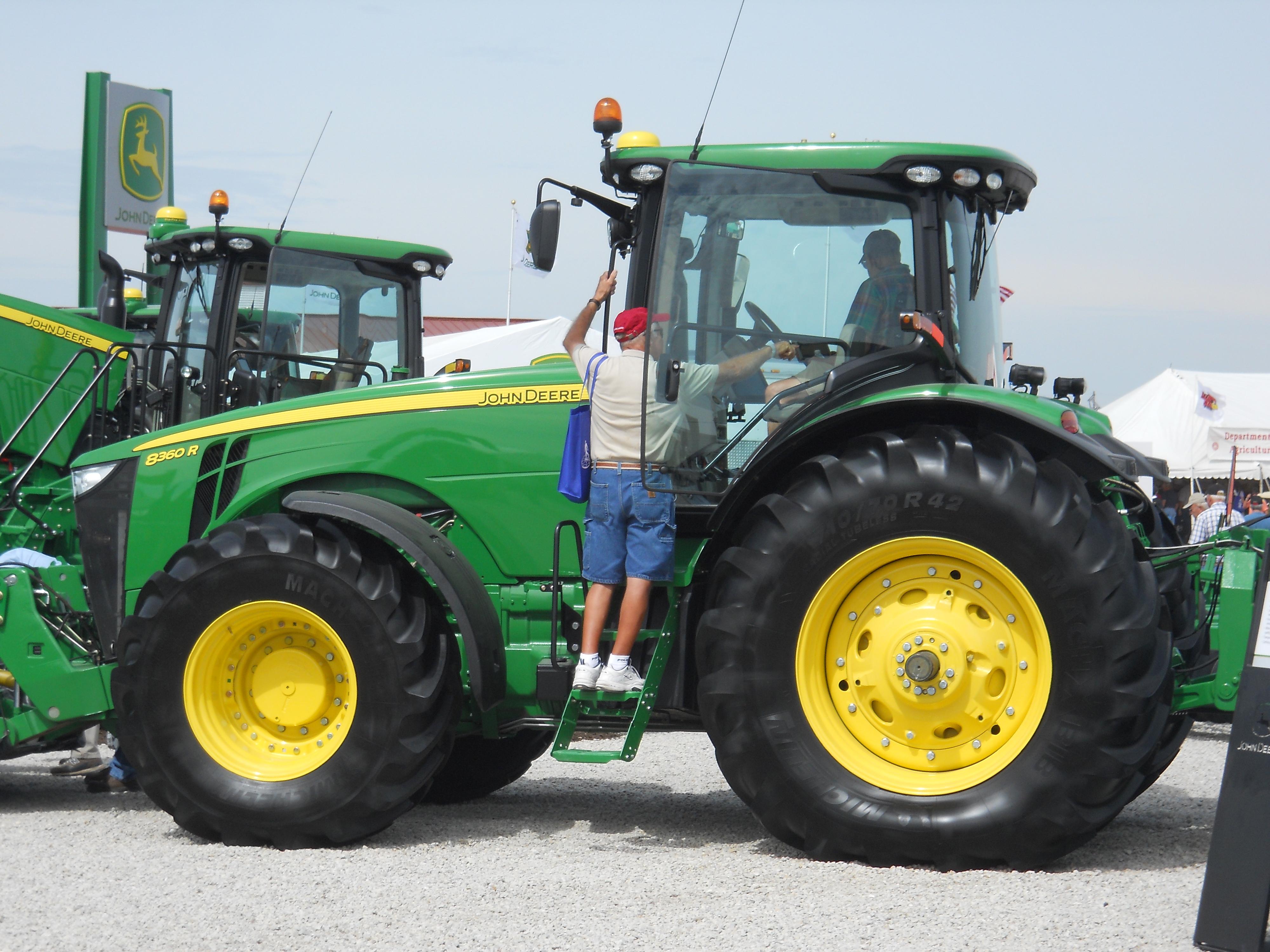 john deere 8360 r - tractor & construction plant wiki